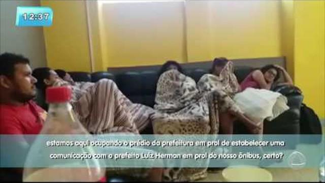 Estudantes de Santo Amaro das Brotas reivindicam transporte ...