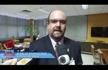 Gilmar Carvalho e o advogado da Amise entregam denúncia ao Pres. do TCE