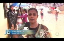 Aracaju atingiu 20 horas de chuva contínua e água invadiu casas causando prejuízo