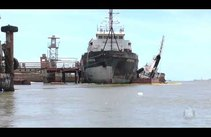 Vazamento de óleo assusta população na Barra dos Coqueiros