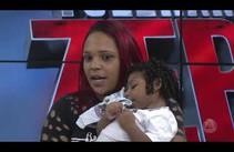 Jovem pede ajuda para criar filho com microcefalia